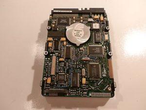 seagate-scsi-2-gb-hard-drive
